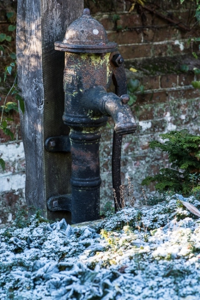 Old water pump in the old pottong sheds